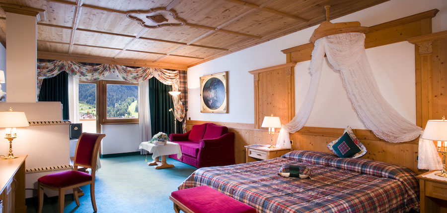 italy_dolomites_corvara_hotel _sassongher_superior_room.jpg